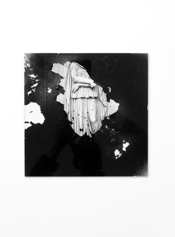 Figure, altération, photographie, verre, peinture © Dune Varela