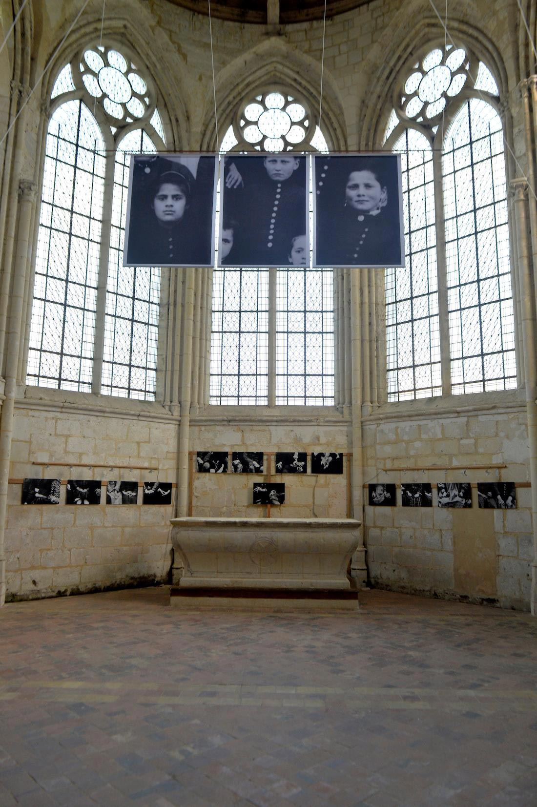 Exposition Catherine Poncin au Prieuré de Sainte Gauburge ©Olivier Steigel